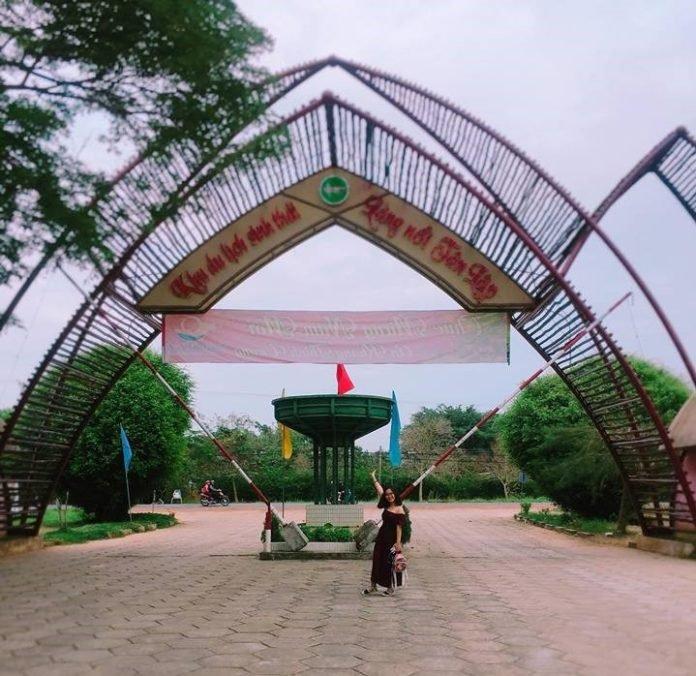 cong-chinh-khu-du-lich