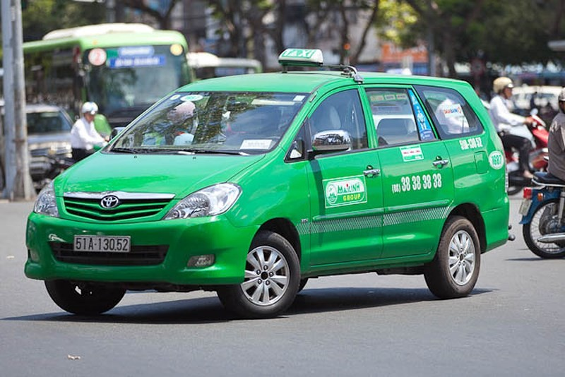 di-chuyen-bang-taxi