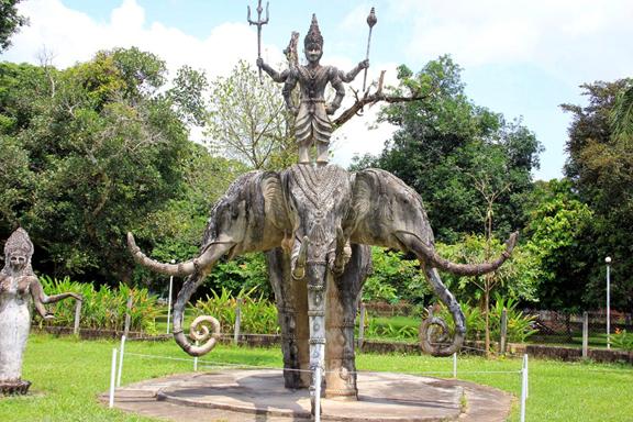 Những trải nghiệm thú vị khi du lịch Lào