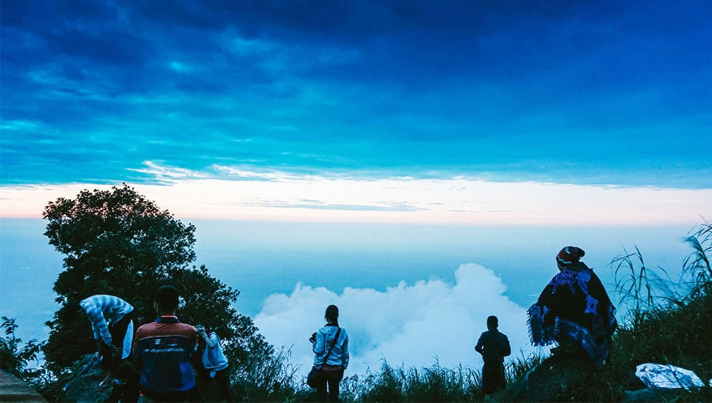 Kinh nghiệm leo núi Bà Đen dễ dàng và an toàn nhất