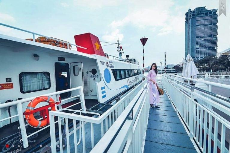 Hướng dẫn chi tiết du lịch Vũng Tàu bằng tàu cánh ngầm tại HCM