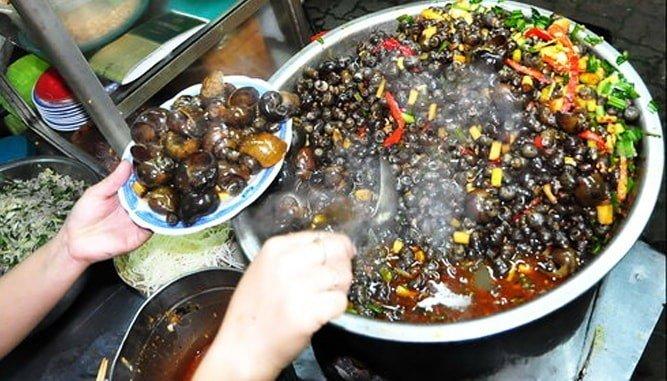 Du lịch Đà Nẵng ăn gì? 10 món ngon không thể bỏ qua