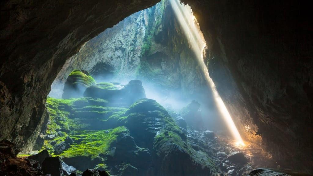 Hang Sơn Đoòng – Hang động lớn nhất thế giới
