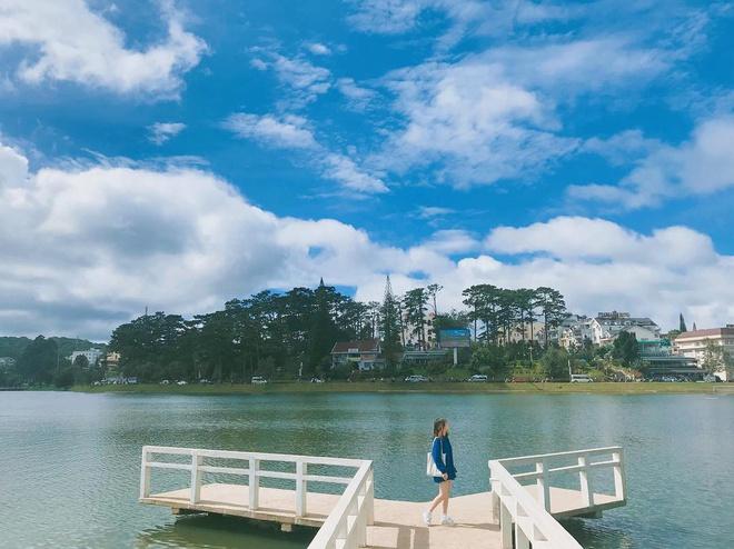 Hồ Xuân Hương Đà Lạt – Êm Ả Giữa Lòng Thành Phố