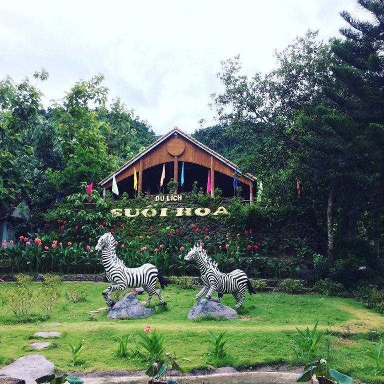 Tận hưởng không gian trong lành tại Suối Hoa Đà Nẵng