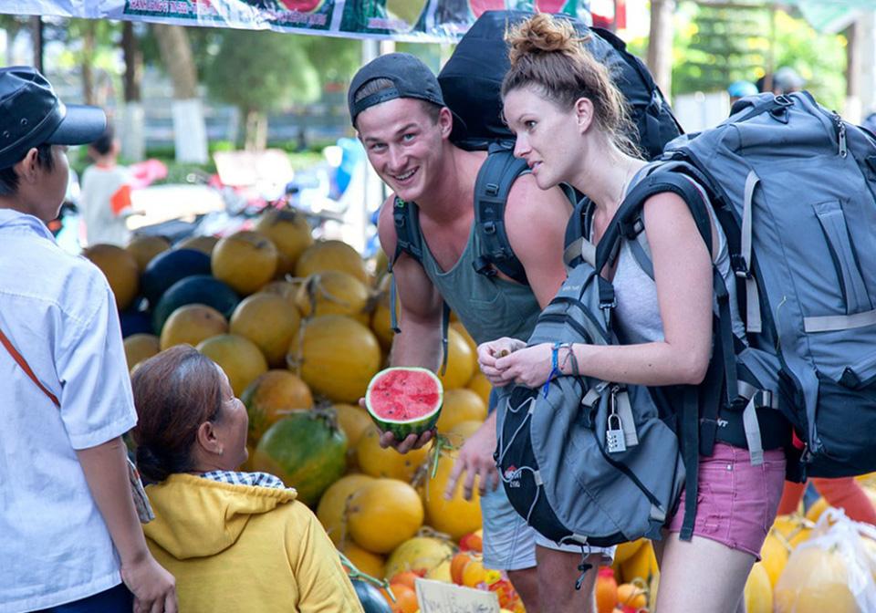 Kinh nghiệm mặc cả hàng hóa ở Việt Nam khi đi du lịch