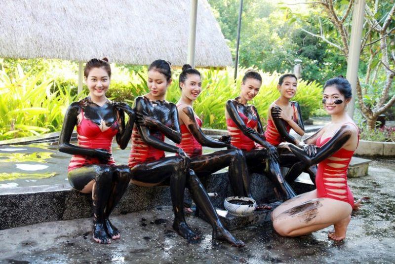 Suoi-nuoc-nong-Binh-Chau-1